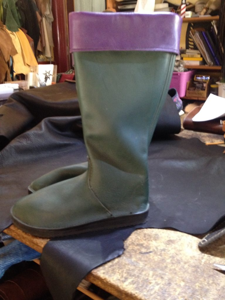 Calf length boot with contrasting coloured cuff $195